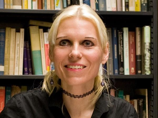 Dr Berit Brogaard